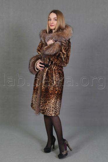 Леопардовая шуба из овчины